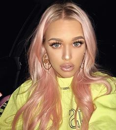New Faded Pastel Hair; Blorange Hair Color In different hair color trends showed itself. Especially the red and orange tones started to rise among the hair color trends. Blorange Hair, Hair Dos, Rose Gold Hair, Pink Hair, Hair Inspo, Hair Inspiration, Different Hair Colors, Coloured Hair, Grunge Hair