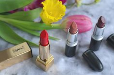 If you could choose three lipcolors, which ones would they be? This is YSL Le Rouge, MAC Velvet Teddy and Diva #liplove #lips #lipsticks #red #nude #berry
