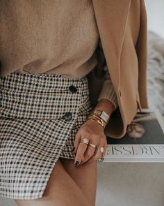 Timeless combination for spring or fall Winter Fashion Outfits, Fall Winter Outfits, Look Fashion, Autumn Winter Fashion, Womens Fashion, Classy Outfits, Casual Outfits, Neue Outfits, Elegantes Outfit