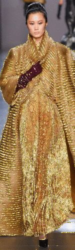 Exotic Women, Solid Gold, Gifs, Sari, Glitter, Elegant, Color, Style, Fashion