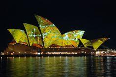 Sydney Opera House in Australia, Vivid light show Mantra, Most Beautiful Cities, Modern Architecture, Sydney, To Go, Morgan Freeman, Australia, Jack Nicholson, Jealous