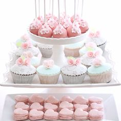 Spring pastels desserts for a baby shower...For tutorials and more follow my Instagram account @sosweetbites