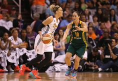 Diana Taurasi will sit out for the 2015 WNBA season, so she can rest and prepare to play for her Russian team. Could other players do the same?