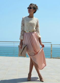 Lace top, skirt, heels.