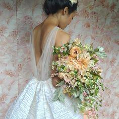 We demonstrated in tandem and here is @maxgilldesign 's stunner. Photo credit @corbingurkin Stylist @anniecavallo Dress @peterlangner… Peach Bouquet, Wedding Bouquets, Wedding Dresses, Autumn Wedding, Photo Credit, Floral Arrangements, One Shoulder Wedding Dress, Floral Design, Flower Girl Dresses