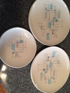 Franciscan Oasis pattern 2 dinner plates and bread plate