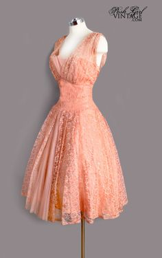1950's Peach Lace & Tulle Dress - Lovely! For Dana and Chaz's wedding.....in shades of green?? I have a similar pattern...
