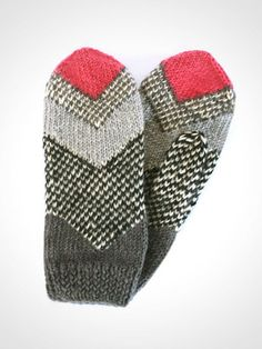Fair Trade Mittens by Here Today Here Tomorrow Made in Nepal Collection | HERE TODAY HERE TOMORROW