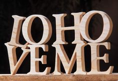Nome con lettere in legno 2