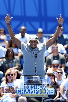 . Golden State Warriors and NBA Finals MVP Andre Iguodala acknowledges the crowd during their NBA championship rally at Henry J. Kaiser Convention Center across from Lake Merritt in Oakland, Calif., on Friday, June 19, 2015. (Ray Chavez/Bay Area News Group)