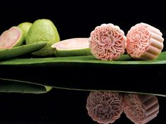 Snowskin Pure Pink Guava with Aloe Vera and Plum Mooncake (Limited Edition)