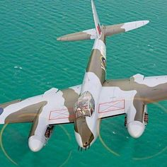 "Vintage Planes de Havilland Mosquito Wooden Wonder Plane Revered around the world as the ""wooden wonder,"" - De Havilland Mosquito, Ww2 Aircraft, Military Aircraft, Aircraft Photos, Military Jets, Aircraft Carrier, Ww2 Planes, Vintage Airplanes, Vintage Cars"