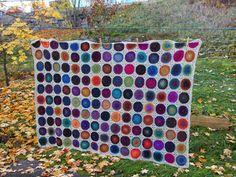 Lankaterapiaa: Syksyn väripläjäys - Sunny Spread Blanket