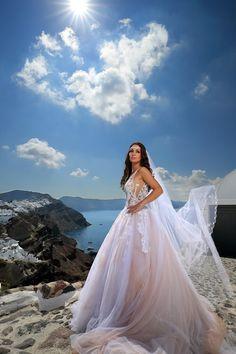 Δείτε Φωτογραφία Γάμου στο Gamos Portal!   Wedding Photography: STUDIO DEDES   #weddingphotography  #realbride Ball Gowns, Studio, Formal Dresses, Fashion, Ballroom Gowns, Dresses For Formal, Moda, Ball Gown Dresses, Formal Gowns