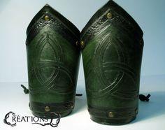 Piccoli bracciali celtici coppia di NemesisWorkshop su Etsy
