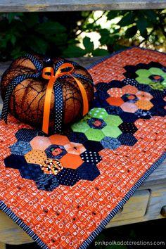 October Mini Quilt 2013 At Quilt Vine Halloween Quilts