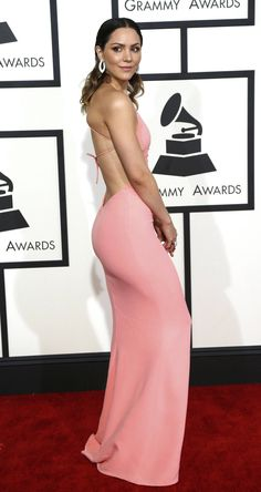 Katharine McPhee booty in a curve hugging pink dress at Grammys