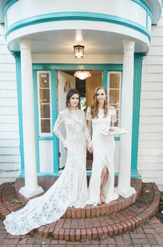 Colonial-Style Summer Celebration Event Venues, Wedding Venues, Dress Rental, Purple Hues, Style Summer, Tiffany Blue, Design Model, Different Styles, Colonial