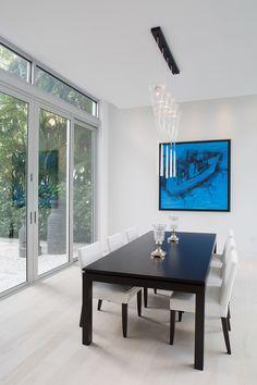 Sleek modern dwelling overlooking Biscayne Bay, Florida