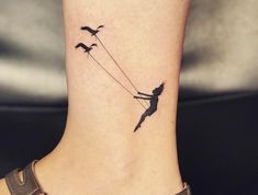 20 amazing travel-inspired tattoos you'll want - Champagne Flight 20 amazing travel-inspired tattoos you'll want From vast city skylines to tiny paper airplanes, we've rounded up the coolest travel in Mini Tattoos, Body Art Tattoos, Small Tattoos, White Tattoos, Word Tattoos, Diy Tattoo, Tattoo Fonts, Tattoo Ideas, Tattoo Quotes