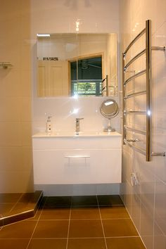Modern Bathroom Wall Hung Vanity Units - Brisbane