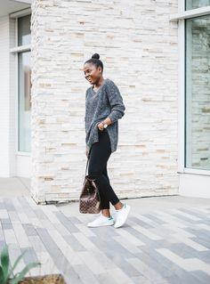 Adidas stan smith and Fashion Beauty, Autumn Fashion, Adidas Stan Smith, Simple Outfits, Personal Style, November, Outfit Ideas, Normcore, Ootd