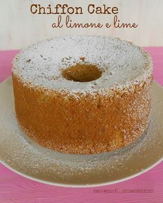 CHIFFON CAKE 'LA FLUFFOSA' al LIMONE e LIME ... http://facciamocheerolacuoca.blogspot.it/2014/10/chiffon-cake-la-fluffosa-al-limone-e.html