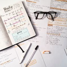 Bullet journal - living-that-library-lifestyle: Making notes for. Study Inspiration, Bullet Journal Inspiration, Journal Ideas, Bujo, Study Schedule, Pretty Notes, Beautiful Notes, Study Hard, School Notes