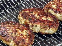 Turkey and wild mushroom meatloaf patties with pan gravy