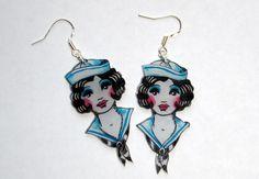 boucles d'oreilles jolie pin-up : Boucles d'oreille par l-atelier-des-milidines
