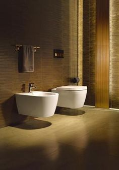 ME by Starck: A new bathroom series by Duravit and Philippe Starck that appeals to every style – pure, elegant, natural or raw. This stylish and iconic WC and Bidet are reduced in weight, thanks to new technology.