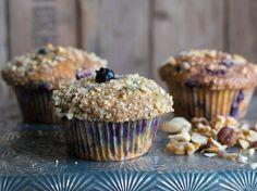 Blaubeer-Joghurt-Muffins mit Streuselnüssen