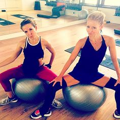 Ripa, more ripped than ever! Kelly Ripa shared a fun workout picture with her trainer Anna Kaiser. Love her fresh-faced workout look!