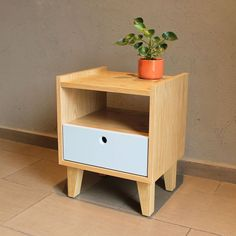 Look at this significant graphics in order to visit the shown guidance on bedroom furniture rustic Small Furniture, Plywood Furniture, Pallet Furniture, Furniture Projects, Furniture Making, Furniture Design, Bedroom Furniture, Wood Table Legs, Into The Woods