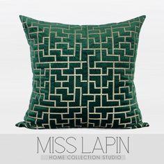 新中式/样板房沙发绒布绒面靠包靠垫抱枕/深绿色几何图案绣花方枕