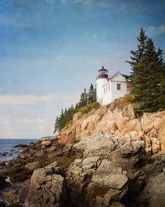 Little Lighthouse On the Rocks / Photography Print