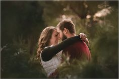 how to plan your spring engagement session by Virginia rustic winery wedding photographer Mollie Tobias Photography, engagement photography