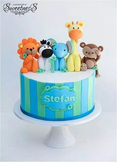 Super baby shower ideas for boys animals first birthdays Ideas Zoo Cake, Jungle Cake, Fondant Cakes, Fondant Figures, Cupcake Cakes, Fancy Cakes, Cute Cakes, Torta Baby Shower, Safari Cakes