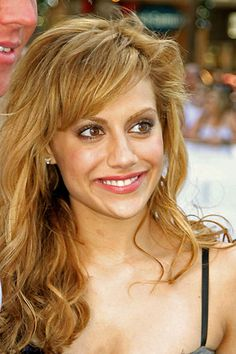 Brittany Murphy, sad to see this actor gone too soon.  Liked her quirky roles movies for the most part.