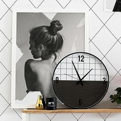 Style with simplicity, with the elegant black and white looks of the Solace Print Art from Art Club Concept in your home. Console Styling, Art Club, Clocks, Concept, Art Prints, Black And White, Home Decor, Style, Blanco Y Negro