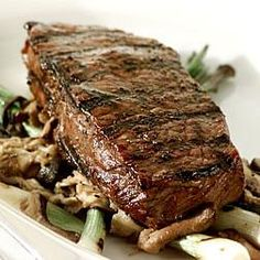 New York Steak with Mushrooms- to satisfy any meat-lover! #recipe