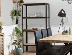 Create the perfect farmer's porch for your vintage-inspired house. House Journal, White Desks, House With Porch, Study Desk, Spare Room, Home Projects, Ladder Decor, Diy Furniture, New Homes