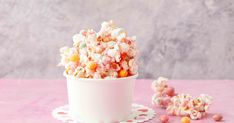 We've given popcorn the unicorn treatment in this sweet recipe – it's the perfect party food! Kids Party Menu, Food Tasting, Kid Friendly Meals, Menu Planning, Perfect Party, Recipe Collection, Popcorn, Sweet Recipes, First Birthdays