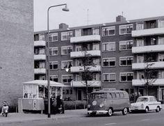 1955ca. Osdorperban ter hoogte van de Viveportenstraat.