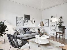 Living room goals | @stadshem @fotografjonasberg  @styledbyemmahos