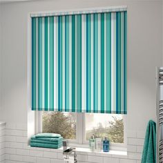 This Hampton Stripe Maui roller blind will provide a lovely and relaxing feel in any room it is hung. The lovely and contemporary blind provides a nautical twist, that will make rooms like the bathroom feel like a refreshing lagoon. Sheer Roller Blinds, Bamboo Shades, Beautiful Curtains, Roller Shades, Woodland Nursery Decor, Window Frames, Blinds For Windows, Simple Colors, Houses