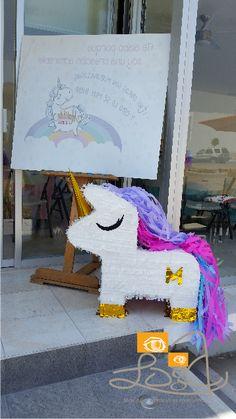 welcome & piñata for unicorn party #unicorn #unicornio #kids #peques #handmadeevents @RojopinkPiñatasdeLujo