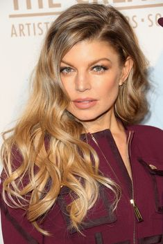 Fergie Long Wavy Cut - Fergie showed off a gorgeous wavy hairstyle at the Creators party., click now for info. Fergie Ferguson, Stacy Ferguson, Wavy Haircuts, Celebrity Hairstyles, Wavy Hairstyles, Black Eyed Peas, Divas, Rapper, Hip Hop
