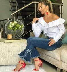 The Women's Fashion Revolution of 2019 Fashion Corner, Love Fashion, Girl Fashion, Fashion Outfits, Womens Fashion, Fashion Design, Classy Outfits, Cool Outfits, Casual Outfits