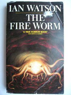"""Il romanzo """"Creatura del fuoco"""" (""""The Fire Worm"""") di Ian Watson è stato pubblicato per la prima volta nel 1988. In Italia è stato pubblicato da Mondadori nel n. 1599 di """"Urania"""" nella traduzione di Marina Visentin. Immagine di copertina di Peter Elson per un'edizione britannica. Clicca per leggere una recensione di questo romanzo!"""